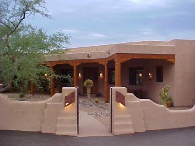 Southwest home decor information for Adobe house plans with courtyard